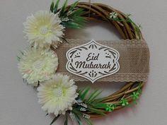 Check out this item in my Etsy shop https://www.etsy.com/ru/listing/534181179/wicker-wreath-with-eid-mubarak-ramadan