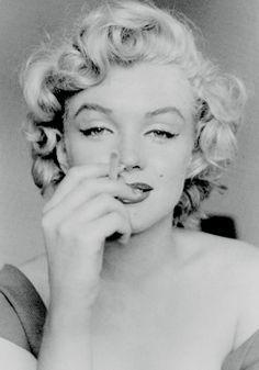 "normajeaned: "" "" Marilyn Monroe photographed by Jock Carroll, 1952. "" """