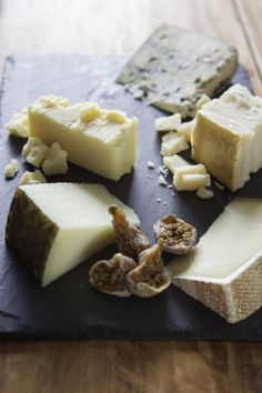 This cheese plate is divine! How to determine what to use for a well-chosen cheese tasting. What to eat and what NOT to eat, rind-wise.