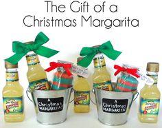 love this margarita kit with colored rim salt
