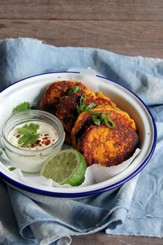 Spicy Pumpkin, Peanut and Spring Onion Fritters (gf) - These wonderfully fragrant gluten and grain free fritters are huge on flavour without being heavy at all. Perfect as a light dinner or as part of a picnic or packed lunch. Vegetarian Recipes, Cooking Recipes, Healthy Recipes, Yummy Recipes, Raw Recipes, Savoury Recipes, Veggie Recipes, Seafood Recipes, Recipies