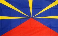 Drapeau Régional de la Réunion  - Le rouge correspond au volcan et à la force. - Le bleu représente le ciel et la douceur. - Le jaune symbolise le soleil et la clarté.