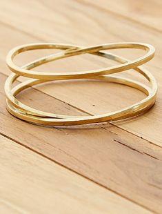 Bracelet rigide anneaux Femme - doré à 4,00€ - Découvrez nos collections mode à petits prix dans notre rayon Boucles d'oreilles.