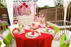 Strawberry Shortcake Tables