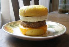 Healthy Egg McMuffin Shared on https://www.facebook.com/LowCarbZen | #Breakfast #LowCarb #Eggs