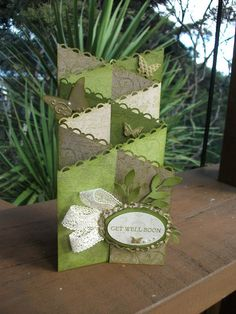 Over on Crafters Anonymous we have classes online every Monday night and last week I taught this card. It is an awesomely different card . Tri Fold Cards, Fancy Fold Cards, Folded Cards, Cricut Cards, Stampin Up Cards, Card Making Templates, Making Cards, Cascading Card, Pop Up Box Cards
