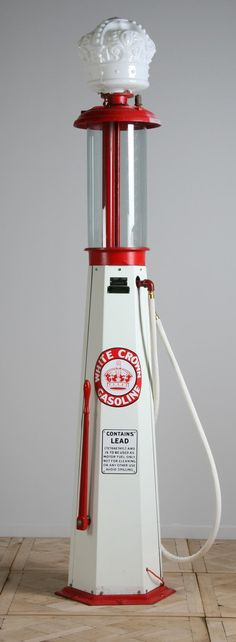 Vintage gas pump by Clear Vision Pump Company ~