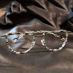 atelier mira - French eyewear and sunglasses in Brooklyn optical boutique featuring handcrafted eyewear, sunglasses, and fine goods Funky Glasses, Cute Glasses, New Glasses, Glasses Online, Glasses Frames, Round Lens Sunglasses, Sunglasses Women, Vintage Sunglasses, Fashion Eye Glasses