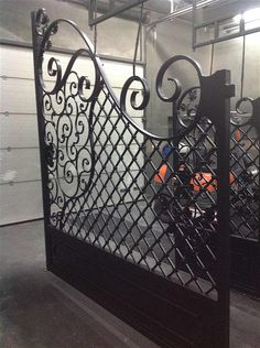 Iron Gates – Celeb Iron Gates