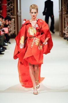 Yumi Katsura Haute Couture Paris 2011