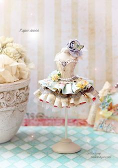 Gotta Scrap: ミニミニトルソー&8インチキャンバス作品☆ Dress Form Mannequin, Pregnancy Gifts, Minis, Fairy Dress, Doll Costume, Dress Sewing Patterns, Miniture Things, Crafty Craft, Diy Doll