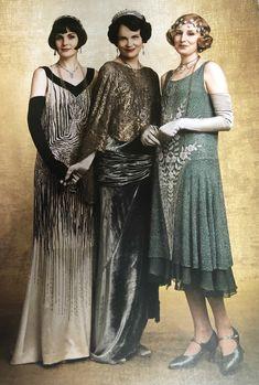 2020 Downton Abbey weekly calendar *Last photo:. Downton Abbey Costumes, Downton Abbey Movie, Downton Abbey Fashion, Anos 20s, 20s Fashion, Vintage Fashion, 1920s Looks, Elizabeth Mcgovern, Gatsby Dress