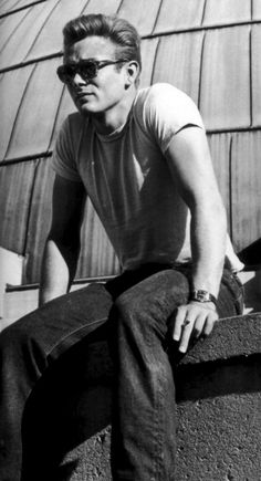 James Dean on the set Rebel without a cause