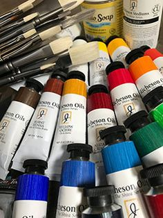 Jack Richeson & Co. has put together sets of paints and brushes exclusively tailored for my workshops. I've been using Jack Richeson oils for 20 years now and I highly recommend them. You'll receive a significant discount from retail prices on these items if you purchase one of my three convenient kits. Contact me directly via email to order: contact@patricksaunders.com