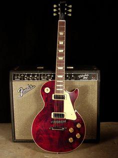 Great looking les paul classic guitars:) 9065 Prs Guitar, Guitar Rig, Guitar Shop, Music Guitar, Cool Guitar, Playing Guitar, Ukulele, Guitar Wall, Guitar Body