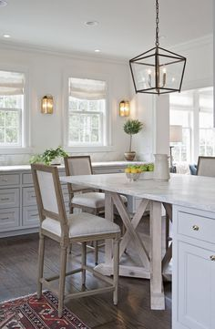 Kitchen island ; Rachel Halvorson Designs
