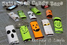 Keeping it Simple:  Halloween Candy Bars with Free Printable.  All you have to do is print, cut and tape them on!  Perfect for parties, handing out on Halloween or just for a fun treat.