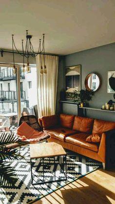 Bohemian Living, Boho Living Room, Living Room Paint, Living Room Lighting, Paint Couch, Hippie Bohemian, Midcentury Modern Living Room, Jungle Living Room Decor, Vintage Modern Living Room