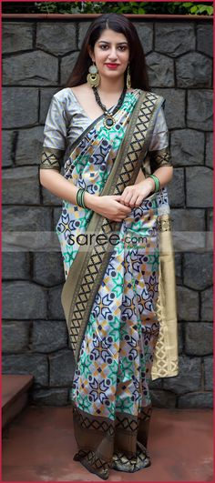 Grey And Black Banarasi Silk Patola Print Woven Saree Black Saree Blouse, Silk Saree Blouse Designs, Saree Dress, Sarees Online India, Silk Sarees Online, Indian Silk Sarees, Indian Beauty Saree, Silk Saree Banarasi