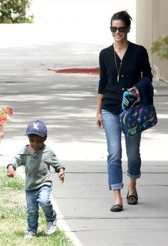 Stitch Fix notes: I already have capris similar to these....love pretty much anything Sandra Bullock wears