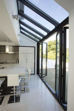 Kitchen open plan living glass extension New Ideas Glass Roof Extension, Conservatory Extension, House Extension Design, House Design, Lean To Conservatory, Extension Ideas, Kitchen Diner Extension Glass, Orangery Extension Kitchen, Conservatory Lighting