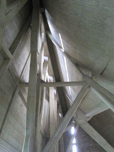 Michelucci Church Florence San Giovanni Battista Autostrada del Sole interior concrete 1
