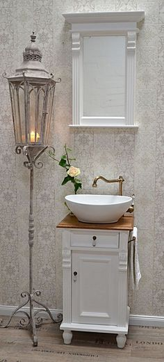 """Montcalm"" Landhaus- Waschtisch von Badmöbel-Landhaus, Land und Liebe ""Montcalm"" country-style vanity of bathroom furniture-country house, country and love Baños Shabby Chic, Cocina Shabby Chic, Shabby Chic Zimmer, Shabby Chic Farmhouse, Shabby Chic Interiors, Shabby Chic Living Room, Shabby Chic Kitchen, Shabby Chic Homes, Shabby Chic Furniture"