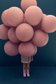 balloon girl knows how to party | ban.do