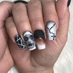 ⭐️the nun nails ⭐️ using all amore elites 😊😊😊😊Swipe right to see more 😊 Posh Nails, Fun Nails, Halloween Nail Designs, Halloween Nail Art, Toe Nail Art, Acrylic Nails, Beauty Hacks Nails, Gothic Nails, Sharp Nails