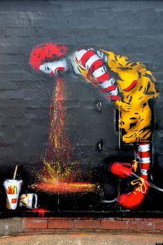 Hamburguesa, papas, refresco y crítica: artistas que han encarado a McDonald's (FOTOS)