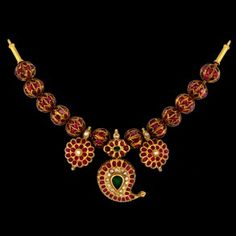 Jewels Indian Wedding Jewelry, Bridal Jewelry, Beaded Jewelry, Jewelry Necklaces, Simple Necklace Designs, Simple Jewelry, India Jewelry, Temple Jewellery, Gold Jewellery Design