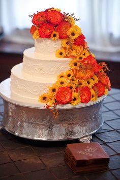 Nashville Garden Wedding Venue   CJ's Off the Square   Fall Cake - Photo: Myrick Studios