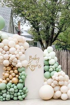Check out the gorgeous balloon decorations at this fabulous drive-by baby shower! See more party ideas and share yours at CatchMyParty.com #catchmyparty #partyideas #4favoritepartiesoftheweek #drivebybabshower #babyshower
