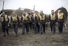 "Pilots of the No. 303 ""Kościuszko"" Polish Fighter Squadron during the Battle of Britain.1940"