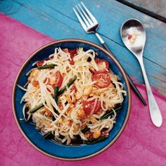 This spicy green papaya salad has a piquant dressing of chiles, garlic, fish sauce and lime juice.