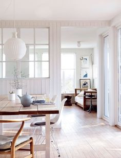 Your source for minimal, nordic & scandinavian interior design. Decoration Inspiration, Interior Inspiration, Decor Ideas, Style At Home, Tongue And Groove Panelling, Wall Panelling, Norwegian House, Norwegian Style, Estilo Interior