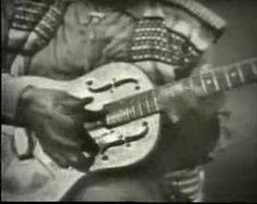 Booker White - Aberdeen Mississippi Blues. Booker does ridiculous things with his guitar!