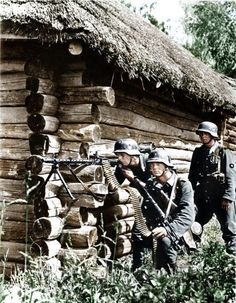 Deutsch MG34 Geschützmannschaft im Einsatz an der Ostfront.