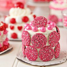 You'll fall in love with these Valentine's Day Mini Cakes! Fast, easy, and so adorable!