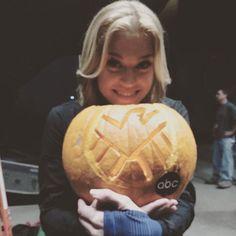Agents of Shield season 3 behind the scenes mockingbird pumpkin carving Agents Of Shield Seasons, Season 3, Pumpkin Carving, Happy Halloween, Behind The Scenes, Fandoms, Marvel, Instagram Posts, Art