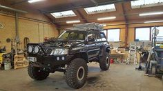 The Best Nissan Patrol Y61 on Dana 60, tafferreli suspy and Maxxi 37x70x17 tires.