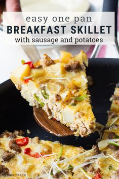 You'll love this loaded breakfast skillet recipe with sausage and potatoes! You might know this as a farmers breakfast skillet, a cowboy br. Breakfast Skillet, Free Breakfast, Breakfast Ideas, Breakfast Buffet, Savory Breakfast, Bratwurst, Sausage Recipes, Potato Recipes, Healthy Breakfast Recipes