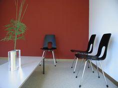 0002_Foto1 - Wartezimmer – Zahnarztpraxis Dr.med.dent. M. Kyburz: Zürich – Raum- und Farbkonzept - d sein werke
