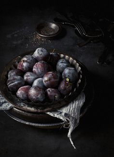 The most beautiful plum photo I have ever seen - from What Katie Ate