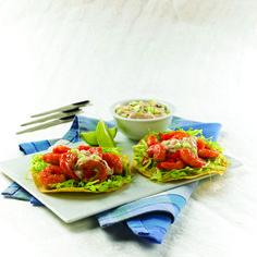 Las Tostadas de Camarón con Salsa de Pepino Knorr® son un platillo tradicional de la comida mexicana. Las Tostadas mezclan la textura crujiente del pepino, con el sabor picosito del camarón.