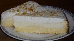 Smetanový koláč s tvarohem připravený bez mouky a cukru