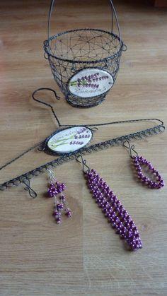 ramínko na šperky-levandulový
