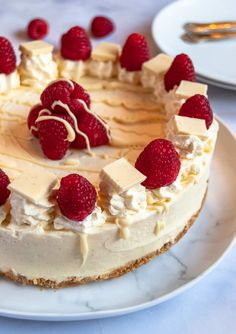 This No Bake White Chocolate and Raspberry Cheesecake is so creamy and delicious! Buttery biscuit base, creamy vanilla white chocolate filling and bursts of fresh raspberries! It's a fabulous choice for a celebration dessert. Baked White Chocolate Cheesecake, White Chocolate Raspberry Cheesecake, Pumpkin Cheesecake, Cheesecake Recipes, Chocolate Filling, Dessert Recipes, Oreo Cheesecake, Dessert Ideas, Make Ahead Desserts