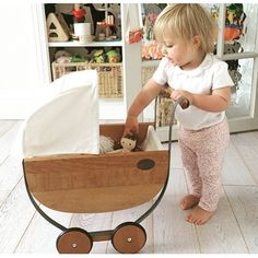Wood Toys Wooden vintage play pram - I wish I could find someone to make this for A and E . Wood Toys, Wooden Baby Toys, Wooden Dolls, Vintage Baby Toys, Wooden Toys For Toddlers, Handmade Wooden Toys, Wooden Crafts, Natural Toys, Montessori Toys