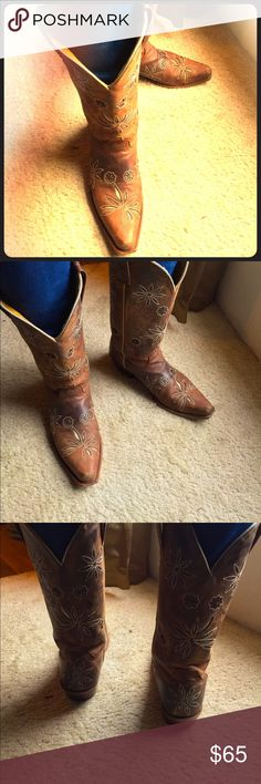Shyanne Cowboy Boots 9 Beautifully rugged boots are perfect for your every day look. These beauties are broken in with a few scuffs and knicks that aren't too noticeable, but still great to wear with your jeans or casual dress. The popularity of broken in boots are the latest trend. Shyanne Shoes Heeled Boots